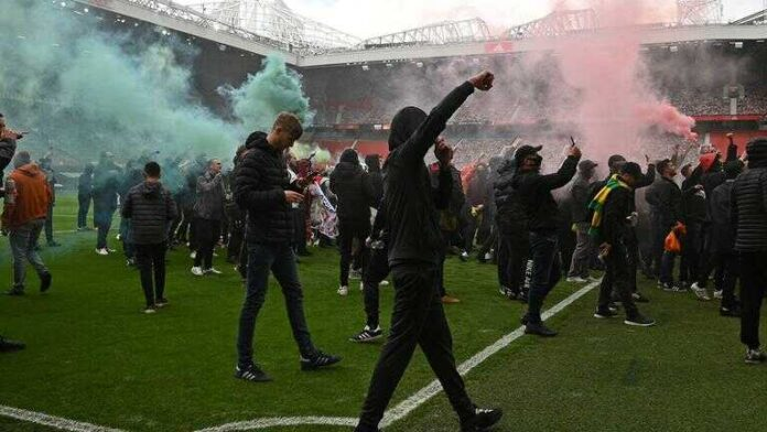 Reactions to Manchester United Fans' Protest