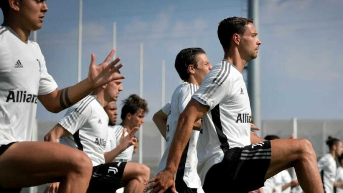 Football News – Juventus Announce Their UCL Group Stage Squad